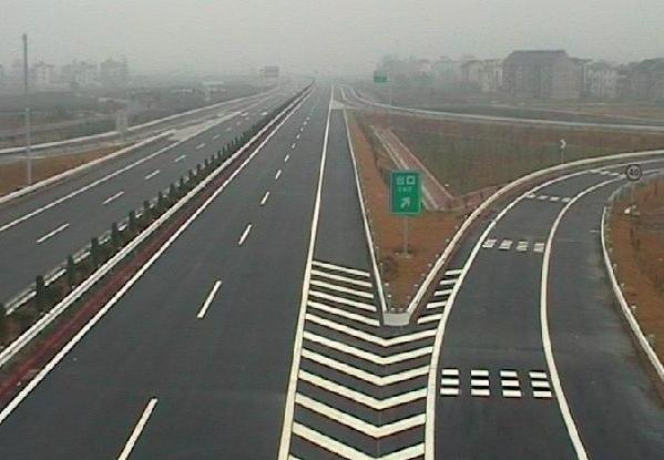 马路划线的有什么作用呢?
